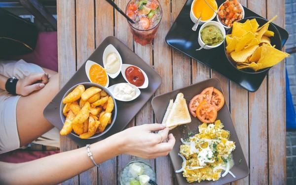 comer mejor fuera casa dieta